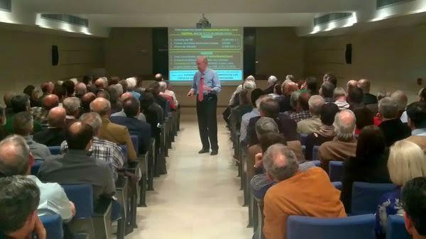Pedro Luis Uriarte en el Colegio Oficial de Ingenieros Industriales de Bizkaia.